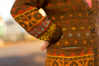 Rhinebeck_sweater-4_small2
