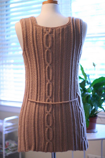 Hillary_vest_back_small2