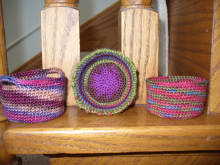 Crocheted_bowl_pics_012_small2