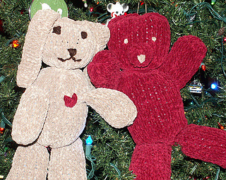 d1d3f401efb2 Ravelry  Knitting for Charity  5 Free Patterns for Charity Knitting ...
