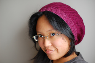c826092fd688e Ravelry  lightweight raspberry beret pattern by Laura Chau