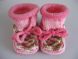 Ravelry Heartbraincourage S Cutie Booties