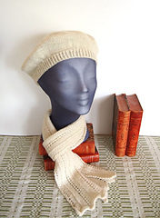 Teaberet-et-scarf-1-web_small