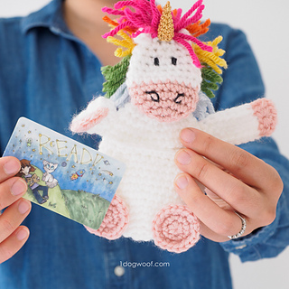 Unicorn-card-holder-1_small2