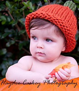 Ravelry  Simple Chunky Pumpkin Hat pattern by Angie Hartley 71bc9d4589d
