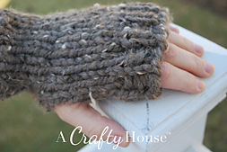 Ach_easy_knit_handwarmers_4_small_best_fit