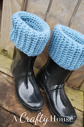 Ach_crochet_boot_liners_03_small_best_fit