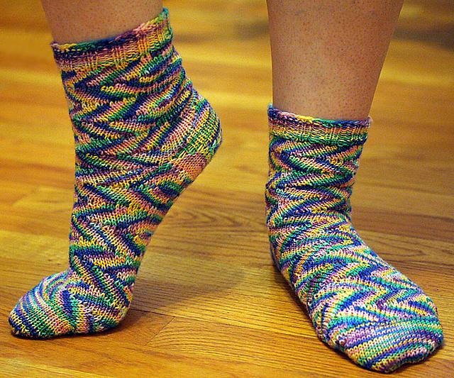 Ravelry Tilt A Whirl Socks Pattern By Tiffany Getz