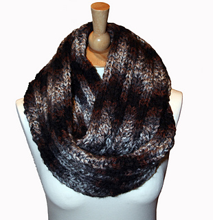 Groovy_cowl_1_small2