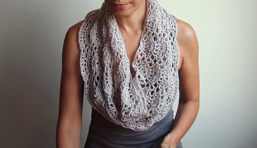 Ravelry Infinity Lace Shell Loop Scarf Pattern By Ana D