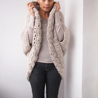 ddc727bb7fe Ravelry  Very Winter shrug cardigan pattern by Ana D