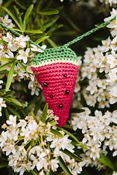 03inside-crochet-web-sizedleanne-dixon_small_best_fit