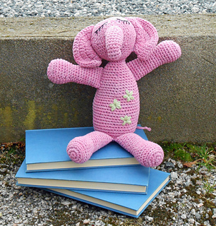 Pink_elephant_1_small2