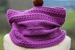 Nepalcowl-9118_small2