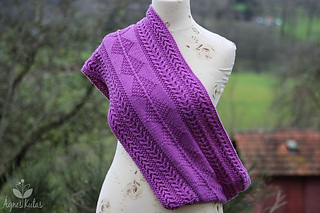 Nepalcowl-9114_small2