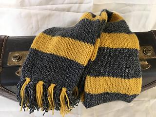 Myhufflepuffscarf_small2