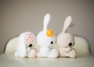 Amigurumi Bunny Ears : Classic stuffed bunny crochet pattern for easter one dog woof