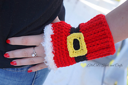 Holiday_cheer_mitts2_small_best_fit