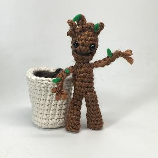 Ravelry: Rocket Raccoon & Baby Groot Amigurumi pattern by ...