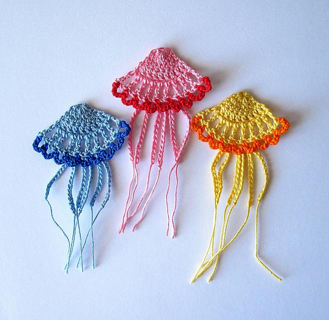 Ravelry Jellyfish Applique Crochet Pattern Pattern By Goldenlucycrafts