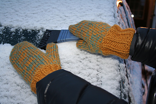 Cadena_mitts_032_small2
