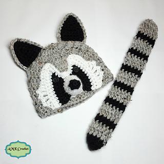 e4bd85b1cc2 Ravelry  Newborn Raccoon Hat and Tail Photo Prop pattern by Amanda Kuhn