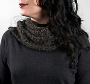 Scarves_sparrowcowl1_small_best_fit
