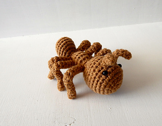 Ant pattern by Jackie Laing