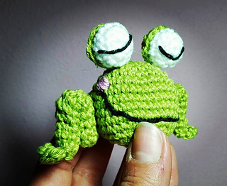 Baby_frog_small2