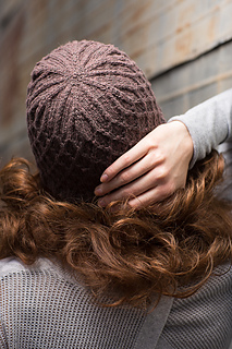 Dauphine_hat__3__small2