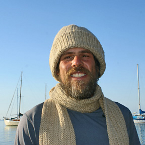 Ravelry: Men\'s Classic Winter Hat pattern by Amy Solovay