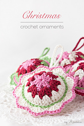 Christmas-ornaments-with-border-7-front_small_best_fit