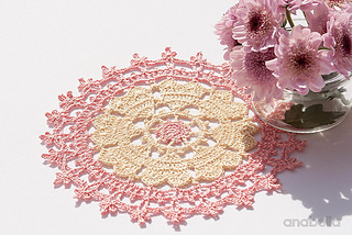 Crown-of-hearts-doilies-14_small2