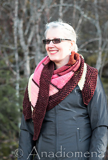 Anything_goes_shawl_7_small2