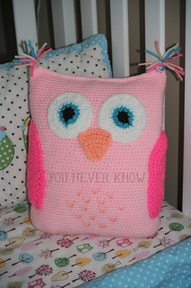 Free Crochet Pattern For Owl Pillow : Ravelry: Claras Owl Pillow pattern by Andrea Womack