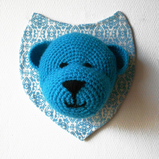 Ours_bleu_small2