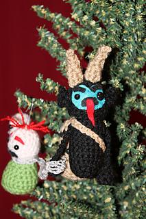 Blue_krampus_ornament_on_the_tree_small2
