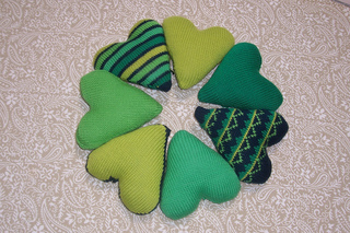 Green_hearts_for_brisbane_may_2010_h_small2