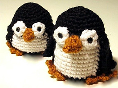 Paco-penguin-crochet-pattern_small