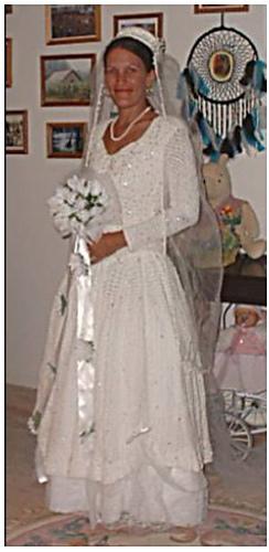 Brendas_wedding_gown_body_medium
