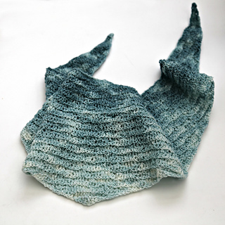 Lazy_waves_shawl_small2
