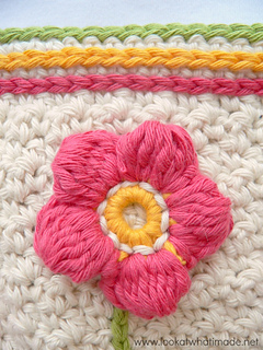 A_little_flower_garden_dishcloth_flower_and_slip_stitches_lookatwhatimade_small2