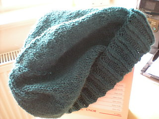 Basic_slouchy_hat_in_teal_alpaca4_small2