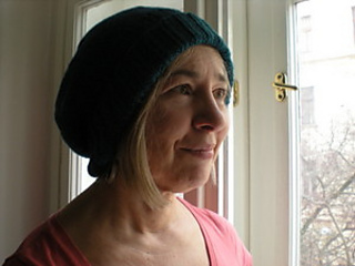 Steph_slouch_hat_small2