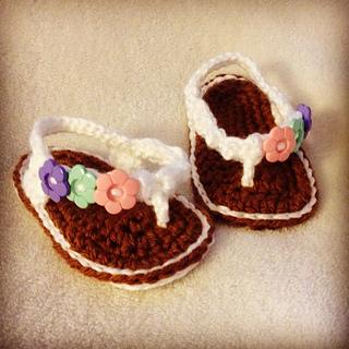 47ba9239a819 Ravelry  Baby Flip Flops pattern by CrochetDreamz