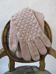 Cockleshell_gloves_boudoir_012_small