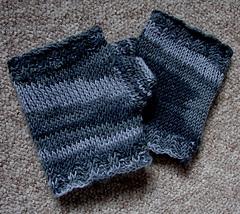 Fingerless_gloves_2_small_small