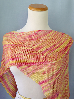 Calypso_shawl_close_small2