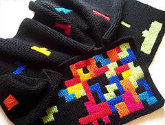 Tetris_scarf_012-800_medium2_small
