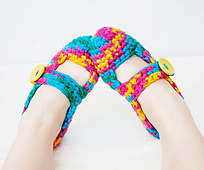 Hipster-farmer-bulky-slippers3_small_best_fit